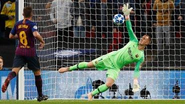 Тер Штеген феєричними подвійними сейвами допоміг Барселоні очолити Прімеру – він зараз найкращий голкіпер світу?
