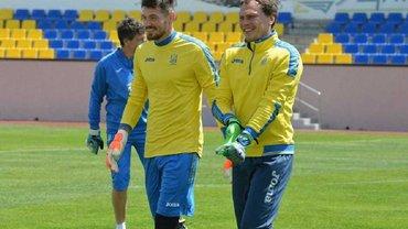 Пятов или Бойко: кто же лучший вратарь для сборной Украины прямо сейчас