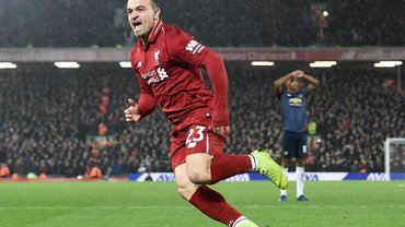 Ліверпуль впевнено переміг Манчестер Юнайтед завдяки дублю Шакірі та повернувся на вершину АПЛ