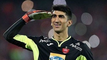 Голкіпер, яким цікавиться Динамо, порвав мережу вкиданням м'яча з рук на Кубку Азії 2019 – він брав пенальті від Роналду