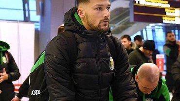 """Швед, Лебеденко та ще кілька гравців не полетіли з Карпатами на збори – """"леви"""" вже вирушили у Туреччину"""