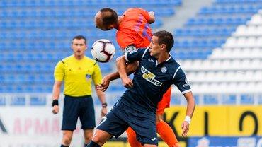 Мариуполь в скандальном матче победил Олимпик благодаря двум голам с пенальти