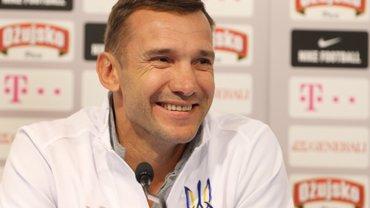 Шевченко пояснив, що показував Суркісу на зубочистках під час матчу з Челсі
