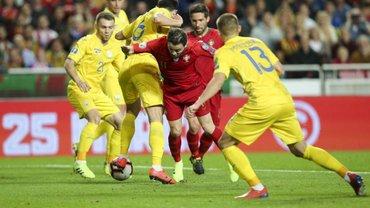 Як Миколенко вирубав Караваєва у матчі Португалія – Україна: курйоз дня не пройшов повз світові ЗМІ