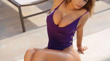 Санчес потрапив у секс-скандал зі знаменитою фанаткою Роналду – вона шокує відвертими фото (18+)