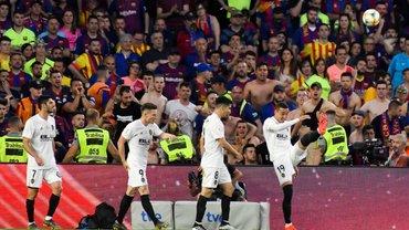 """Валенсия – Барселона: заслуженная победа левантийцев в финале Кубка, отрывистая гениальность Месси и крах """"блаугранас"""""""