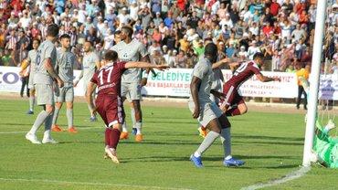 Коркишко одолел Гладкого в битве за выход в элитный дивизион Турции