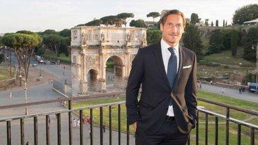 """Тотті оголосив про відхід з Роми після 27 років у клубі – легенда розкритикував керівництво """"джалороссі"""""""
