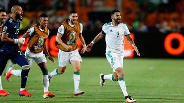 """Алжир на последней минуте победил Нигерию: справедливый выход """"лис"""" в финал КАН, слабенькие """"суперорлы"""" и крутой Марез"""