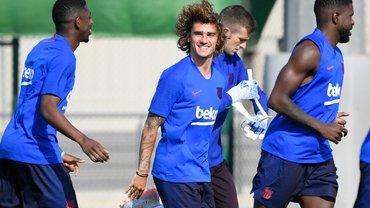 Грізманн двічі зганьбився на першому тренуванні в Барселоні – епічне відео
