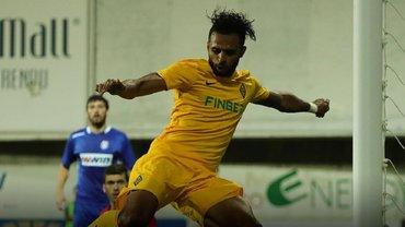 Есеола за 21 хвилину на полі забив, асистував і заробив пенальті, допомігши Кайрату обіграти лідера чемпіонату