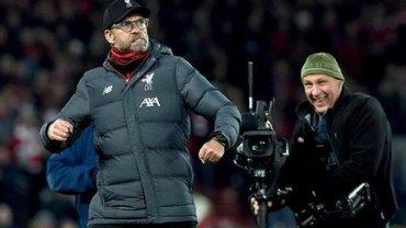 """""""Я тобі не клоун"""", – Клопп різко відповів оператору матчу Ліверпуль – Манчестер Сіті"""