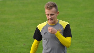 Петряк объяснил, почему не видит смысла в вызове в сборную Украины