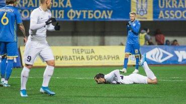 Украина – Эстония: 3-й капитан добывает победу с приветом от Львова – команда Шевченко разочаровывает, но фарт при ней