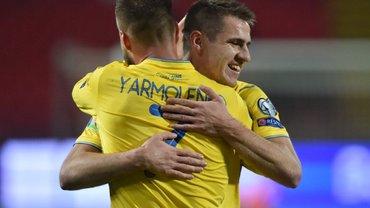 Збірній України влаштували теплий прийом після тріумфального завершення відбору на Євро-2020  – атмосферні фото