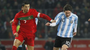 """Велика різниця між голами Мессі та Роналду: цифри, які """"запалили"""" мережу після завершення відбору до Євро-2020"""