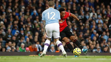 """Манчестер Юнайтед шокував Манчестер Сіті в дербі – у Гвардіоли """"мінус 14"""" від Клоппа"""