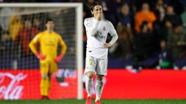 Леванте здобув сенсаційну перемогу над Реалом завдяки шедевральному голу Моралеса – Мадрид втратив лідерство у Прімері