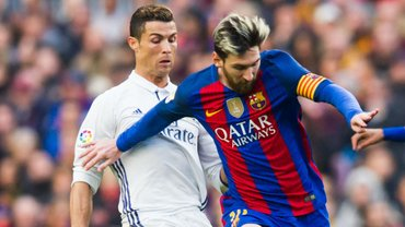 Каррагер назвал главную причину ухода Роналду из Реала – во всем виноват Месси