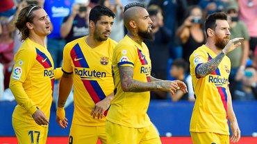 Барселона проводить великий розпродаж – на двері вказали 3-м лідерам, оголошені гарячі цінники і нова суперціль