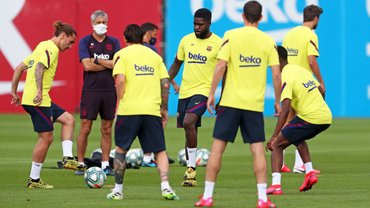 Пять игроков Барселоны сдали положительный тест на коронавирус