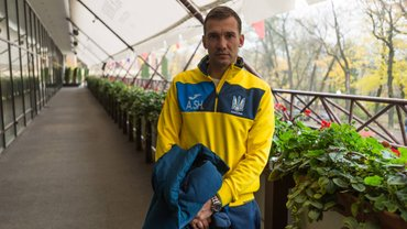Головні новини футболу 5 травня: Шевченко визначився з подальшою кар'єрою, новий контракт для Мессі