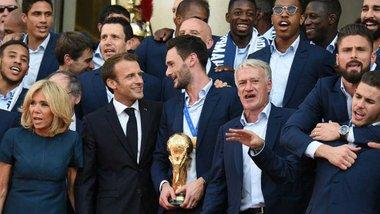 ЧС-2018: у Парижі пройшов парад на честь перемоги Франції – найкращі миттєвості