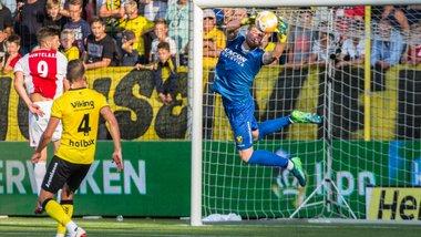 """Аякс – Динамо: """"Якби не VAR, ми могли програти"""", або Як амстердамські зірки сигнали киянам надсилали"""