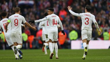 """Лига наций: Англия вырвала победу у Хорватии и вышла в плей-офф, """"клетчатые"""" вылетели в дивизион B"""