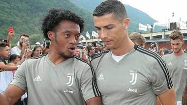 Куадрадо: Роналду – простий хлопець, але приголомшливий футболіст