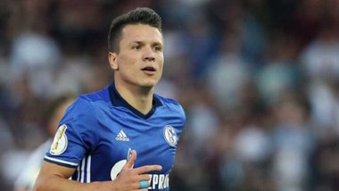 Аугсбург – Шальке: Коноплянка не потрапив у заявку після чуток про можливий відхід з клубу