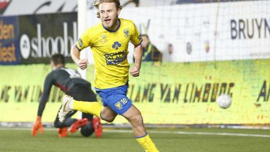 Безус переходить в Гент: крок вперед з надіями на збірну, вигідний трансфер і дуже серйозна конкуренція