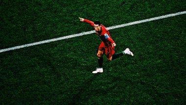 """Поки Роналду готувався забивати Україні, фанати здавали квитки, або Португалія чекає """"найкращого гравця світу"""""""