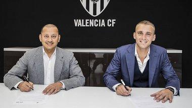 Сіллессен офіційно перейшов у Валенсію