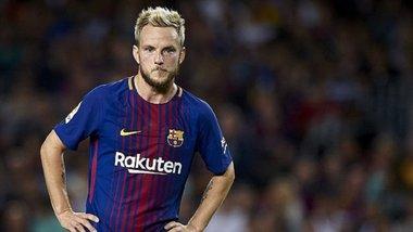 Барселона та Ювентус обговорюють несподіваний обмін хавбеками