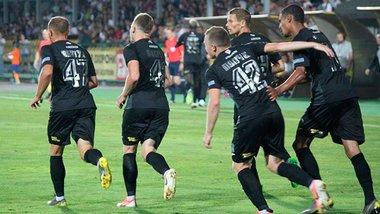 Олімпік переграв Львів у матчі з двома пенальті – донеччани здобули першу перемогу в сезоні