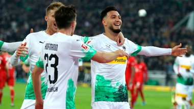 Борусія М дотисла Баварію і зберегла лідерство, Борусія Д забила 5 голів Фортуні: 14-й тур Бундесліги, матчі суботи