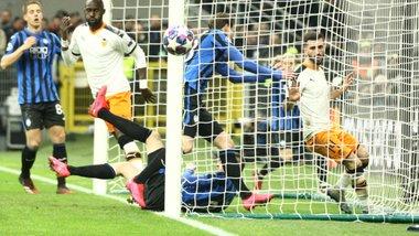 Аталанта розгромила Валенсію в 1/8 Ліги чемпіонів – Маліновський міг забивати та асистувати