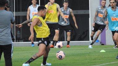 Динамо готове звернутися в ФІФА через невиплату коштів за Сідклея