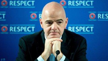 ФИФА приняла официальное решение о трансферных окнах и контрактах игроков в условиях коронавируса