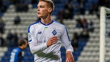 Циганков має дві проблеми: на лідера Динамо претендує лише один клуб