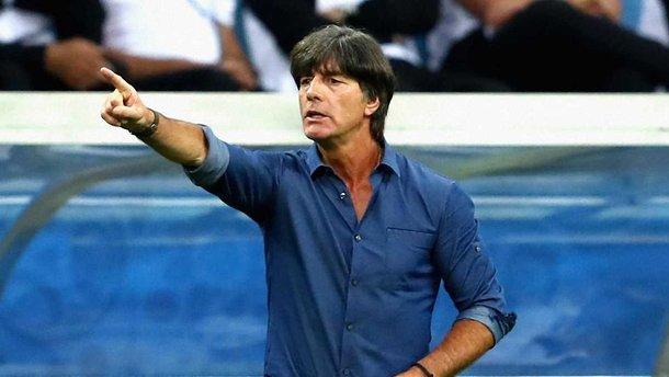 Лев хотел поговорить с Озилом – Эмери запретил пускать немецкого тренера на базу Арсенала