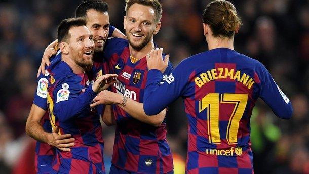 Главные новости 7 декабря: Малиновский забил шедевр, Ман Сити отпустил Ливерпуль в отрыв, фантастика от Барселоны