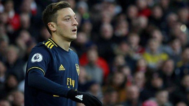 Арсенал – Манчестер Сіті: Китай скасував трансляцію матчу після скандальних заяв Озіла
