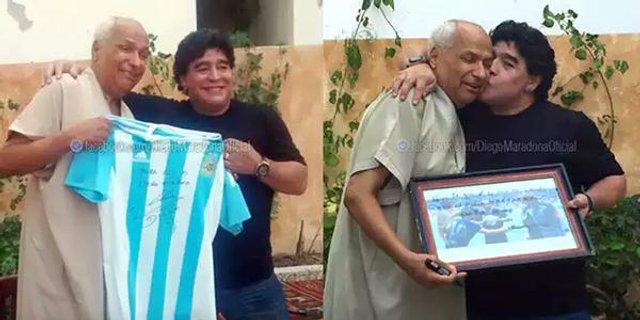 Марадона встретился с арбитром, который засчитал его гол рукой на ЧМ-1986 (фото)