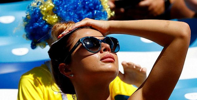 Топ-20 фото вболівальниць і фанатів 5-го дня ЧС-2018: синьо-жовті красуні та англійські брутали