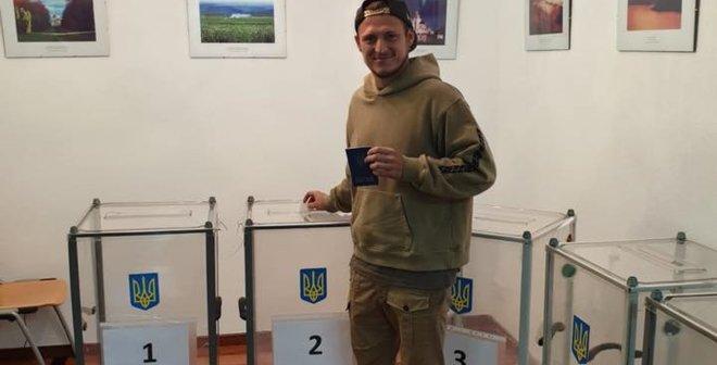 """""""Вітаю, містере президент"""": як голосував український футбол та хто відзначав перемогу Зеленського"""