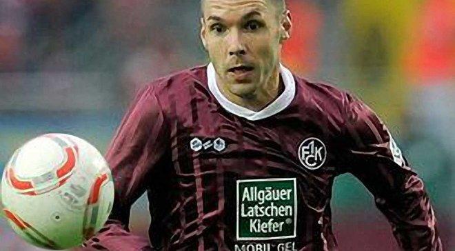 Выбираем лучшего полузащитника защитного плана Бундеслиги сезона 2010/11