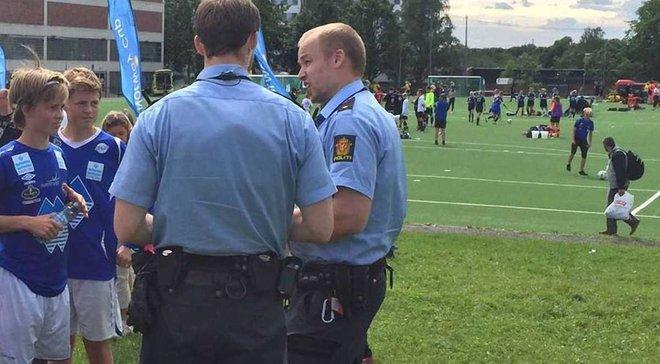 Российские футболисты избили своих сверстников во время игры и скрылись от полиции на детском турнире в Норвегии
