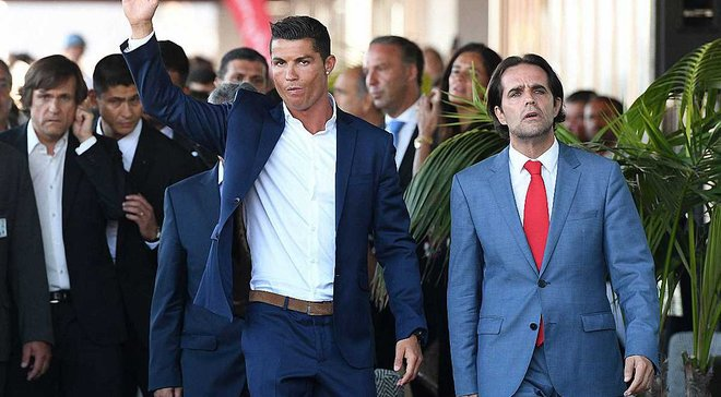 Роналду предложил финансовую помощь пострадавшим от пожара на Мадейре